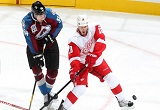 Richards lifts Red Wings past Avs